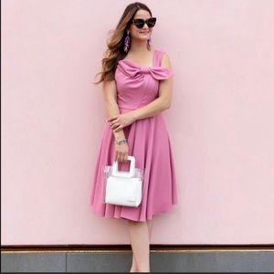 Gal Meets Glam Zoe Pleated Bow Fit & Flare…